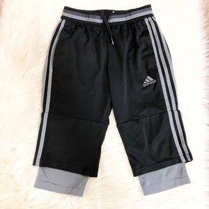 2️⃣for $2️⃣0️⃣   Sport shorts